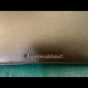 Banana Republic Bags - ❗️New❗️ Banana Republic pouch
